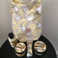 Vanilla Marshmallow Festive Sack(Bodyshop).
